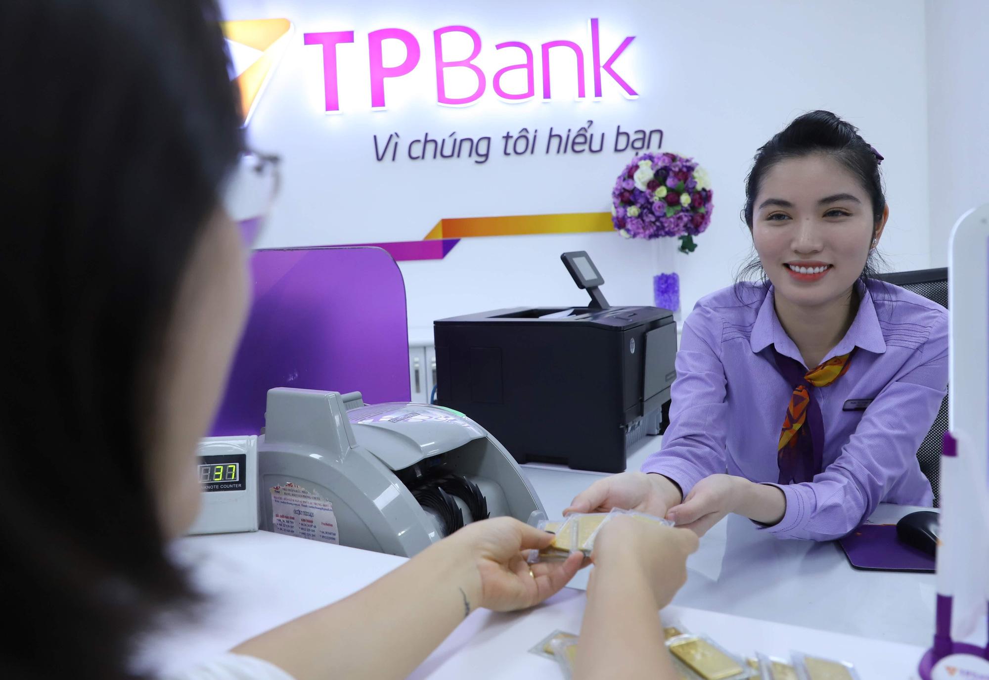 Các ngân hàng tung ra các sản phẩm đặc biệt gì cho ngày vía Thần Tài? - Ảnh 1.