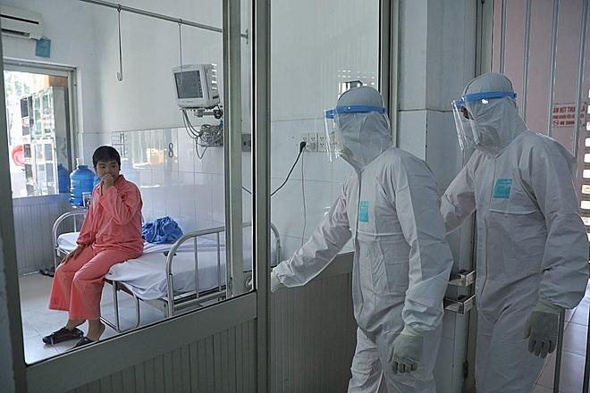 Bốn kịch bản chống virus corona - Ảnh 2.