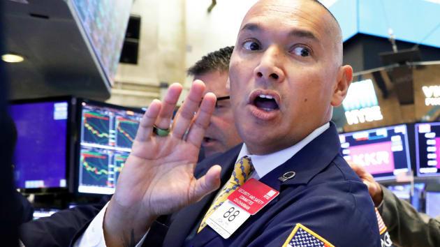 Chứng khoán Mỹ đi lên khi mối lo thương mại được giải tỏa, nhóm công nghệ đồng loạt phá đỉnh - Ảnh 1.