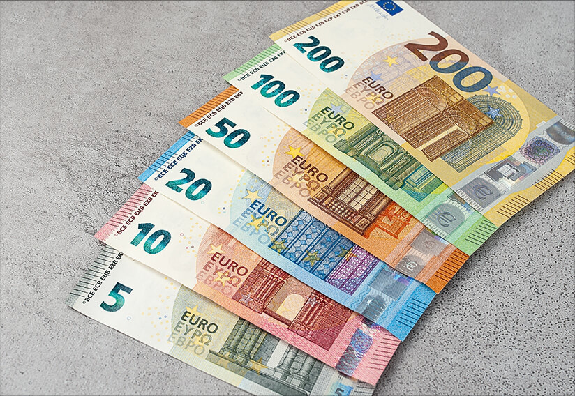 Tỷ giá đồng Euro hôm nay 10/3: Quay đầu giảm tại nhiều ngân hàng  - Ảnh 1.