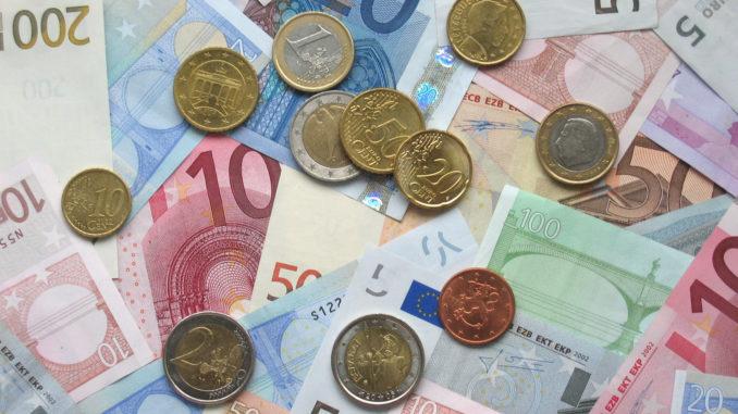 Tỷ giá đồng Euro hôm nay 11/3: Quay đầu giảm tại nhiều ngân hàng - Ảnh 1.