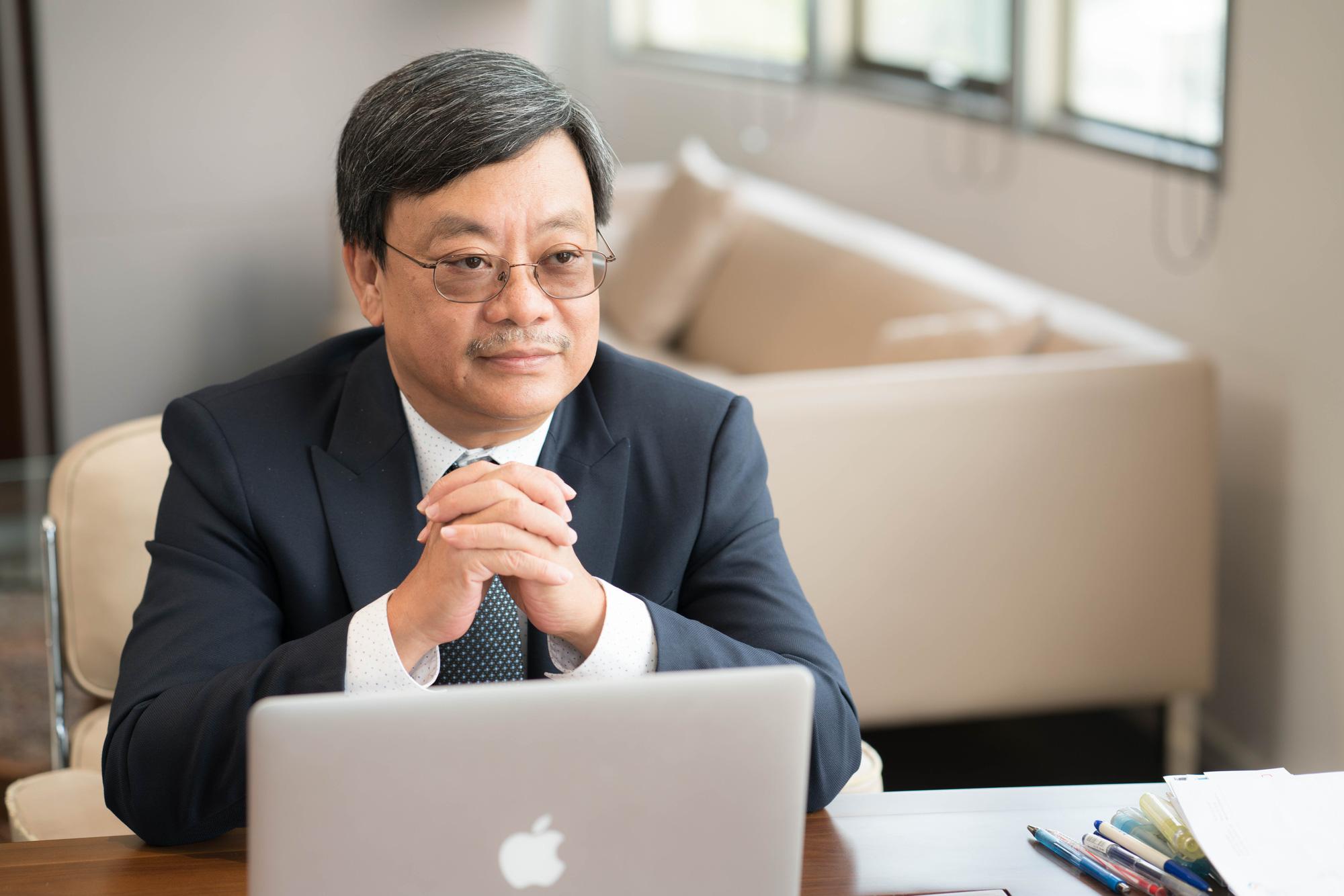 Chủ tịch Masan Group: Chống dịch cũng giống như đá bóng khi trời mưa to, muốn giành chiến thắng vừa phải phòng thủ thật chặt, nhưng hàng công cũng phải sẵn sàng - Ảnh 1.