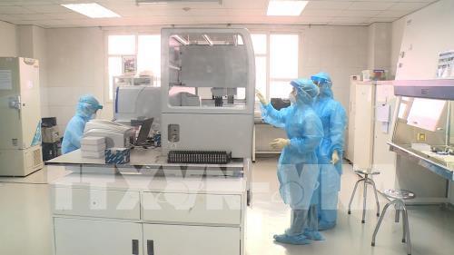 Bệnh viện Bạch mai được phép xét nghiệm chẩn đoán COVID-19 - Ảnh 1.