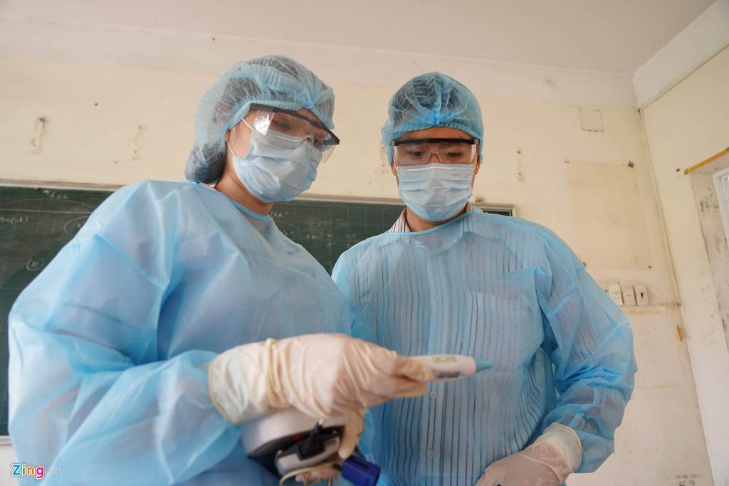 TP HCM: Thêm một người tại quận 10 khai báo có tiếp xúc gần với ca nhiễm số 34 ở Bình Thuận - Ảnh 1.
