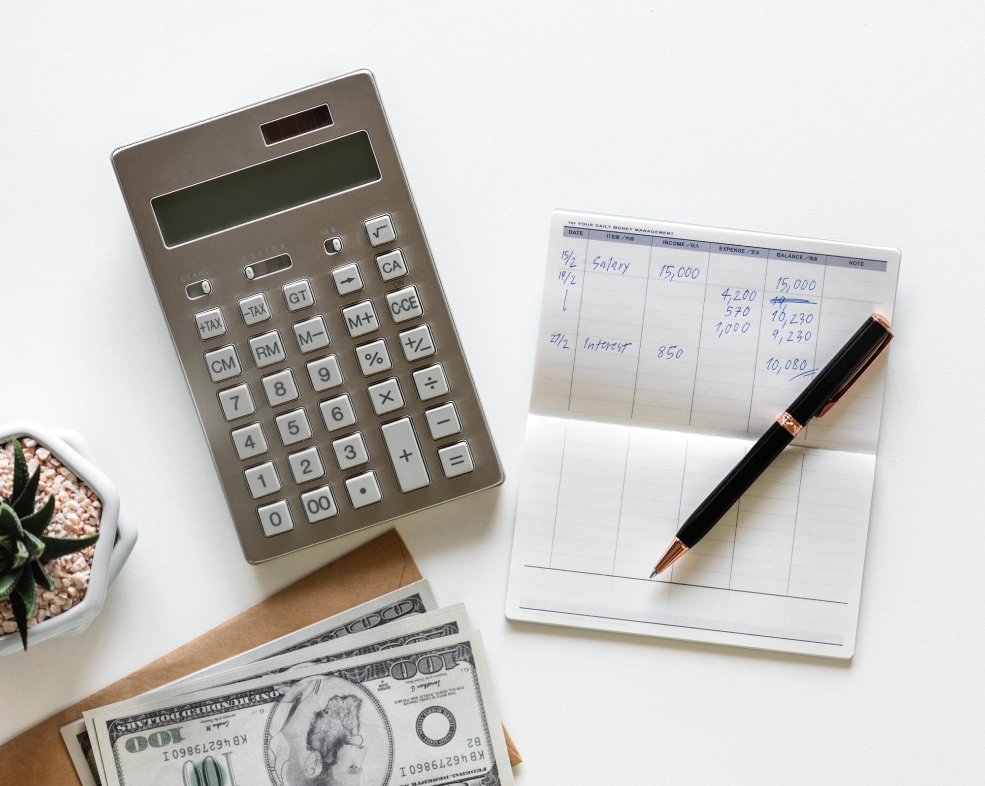 So sánh lãi suất ngân hàng tháng 3/2020: Gửi tiết kiệm 2 năm ở đâu lãi cao nhất? - Ảnh 1.