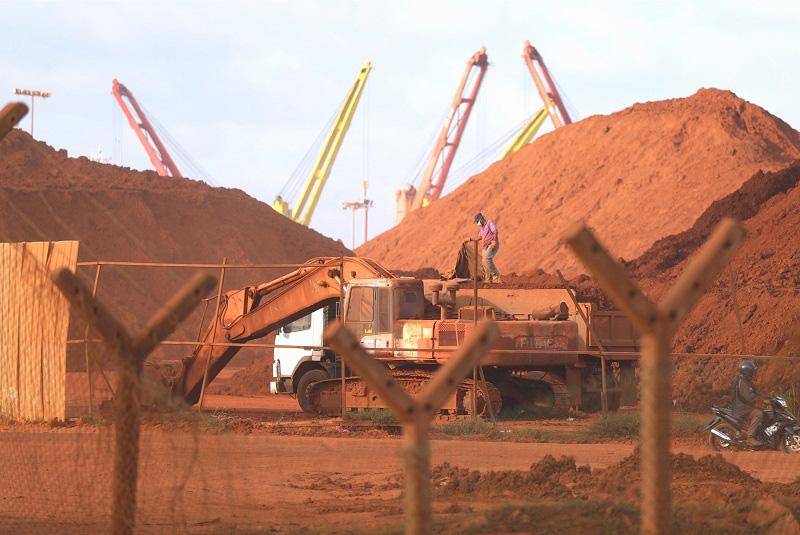 Giá thép xây dựng hôm nay (7/4): Vale SA cảnh báo việc cắt giảm sản xuất sẽ ảnh hưởng tới giá quặng sắt - Ảnh 1.