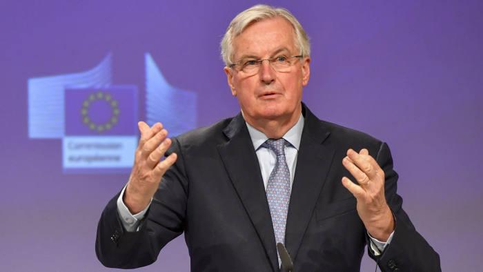 Trưởng đoàn đàm phán Brexit của châu Âu nhiễm COVID-19 - Ảnh 1.