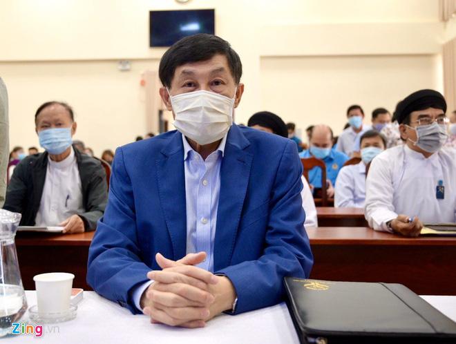 Gia đình Tiên Nguyễn cam kết đóng góp 30 tỉ đồng - Ảnh 1.