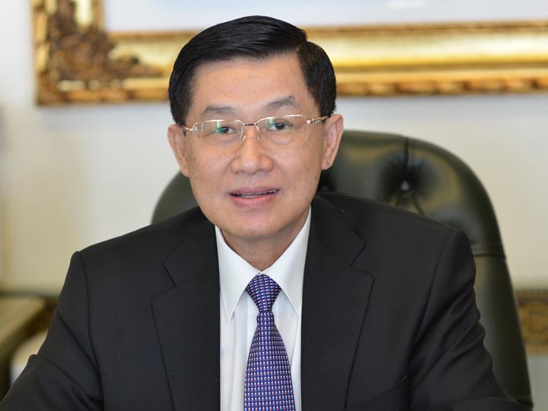 """Ông Johnathan Hạnh Nguyễn: """"Trao trọn niềm tin, tính mạng con gái với đội ngũ y bác sĩ tại Việt Nam"""" - Ảnh 1."""