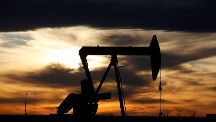 Financial Times: OPEC thảo luận giảm sản lượng với các nhà sản xuất dầu Mỹ - Ảnh 1.