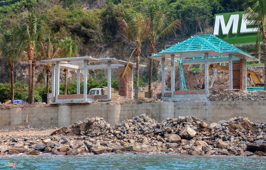 Xây công trình không phép ở đảo Hòn Tằm, lấn danh thắng vịnh Nha Trang - Ảnh 7.