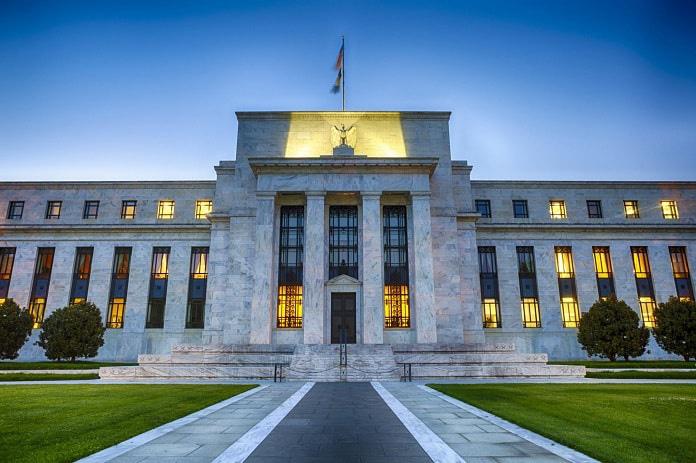 Hỗ trợ thị trường, Fed tung gói QE không giới hạn - Ảnh 1.
