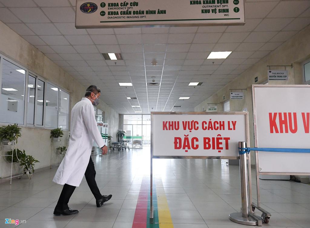 Chủ tịch Hà Nội: 'Nguy cơ kép ở Bệnh viện Bạch Mai' - Ảnh 2.