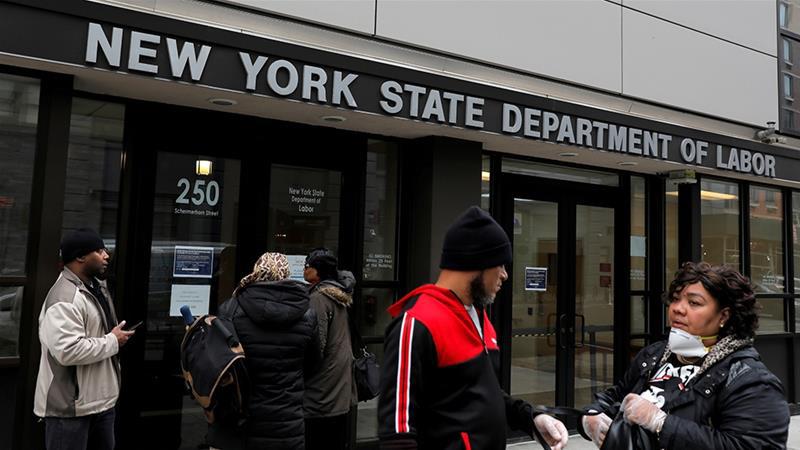 Loạt công ty đóng cửa vì COVID-19, số người xin trợ cấp thất nghiệp ở Mỹ vọt lên gấp hơn 4 lần kỉ lục cũ - Ảnh 1.