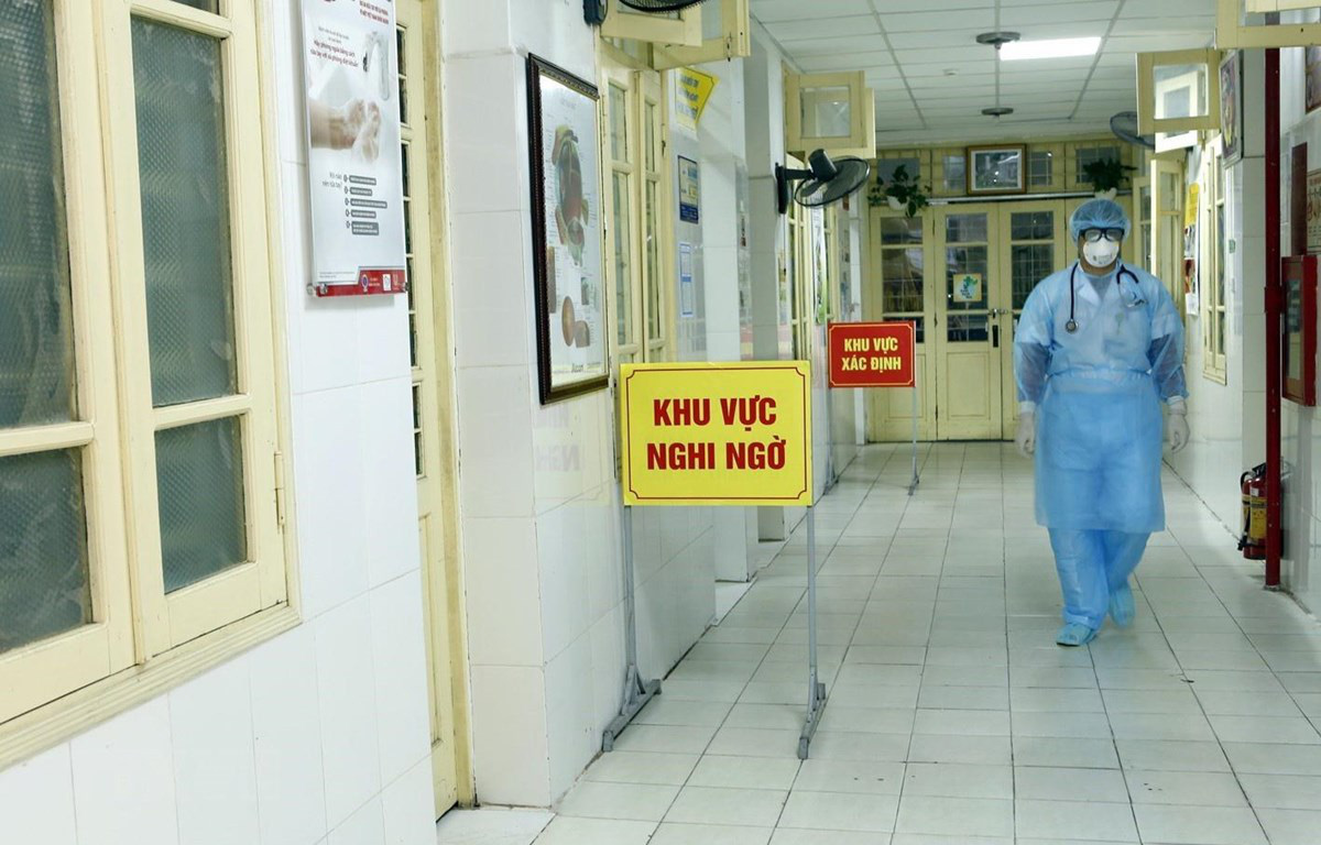Ba bệnh nhân nhiễm COVID-19 đã khỏi bệnh, sẽ chuyển cơ sở điều trị trong ngày 27/3 - Ảnh 1.