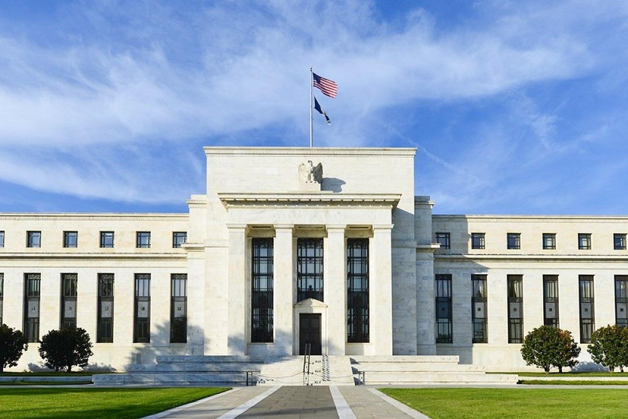 Fed đã tung ra những vũ khí nào để chống lại đại dịch COVID-19? - Ảnh 1.