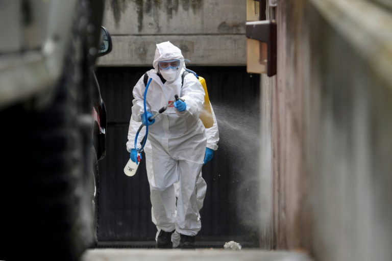 Cập nhật tình hình dịch virus corona ngày 28/3: Việt Nam có ca bệnh thứ 169, Mỹ ghi nhận số ca nhiễm vượt 100.000 - Ảnh 1.