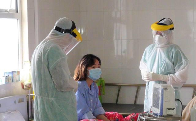 Bệnh nhân số 50 tại Quảng Ninh đã 2 lần âm tính với COVID-19, 8 người tiếp xúc không bị lây nhiễm - Ảnh 1.