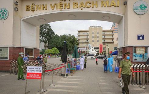 Khẩn: Cách li y tế tất cả những người đã đến BV Bạch Mai từ ngày 10/3 - Ảnh 1.