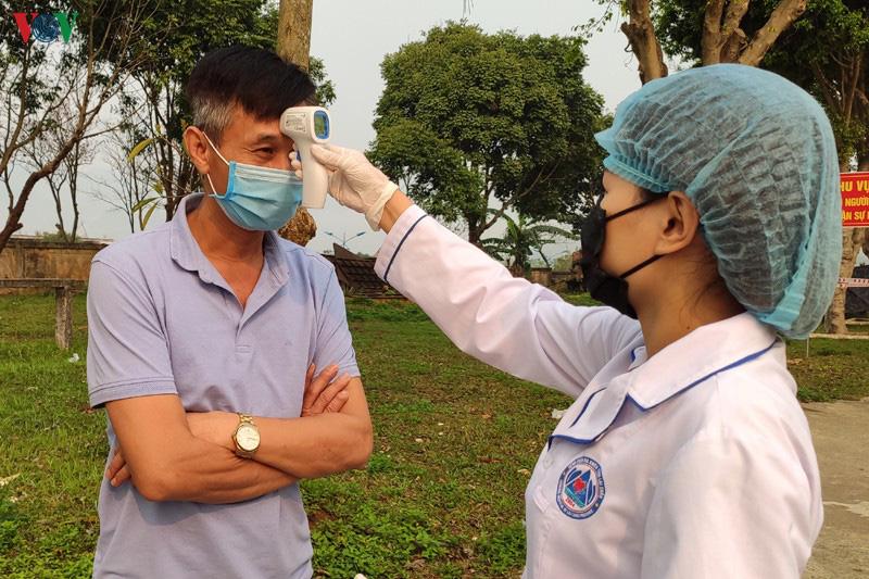 Hơn 1.500 người liên quan BN133, trải khắp 8/8 huyện, TP ở Lai Châu - Ảnh 1.