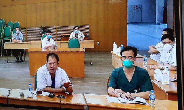 GS.TS Nguyễn Quang Tuấn: Cần cơ chế cách ly đặc thù cho nhân viên y tế đã xét nghiệm âm tính - Ảnh 2.