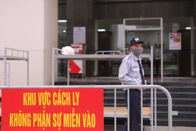 Hà Nội phong tỏa toà 34T Trung Hoà Nhân Chính vì có người dương tính SARS-Cov-2 - Ảnh 4.