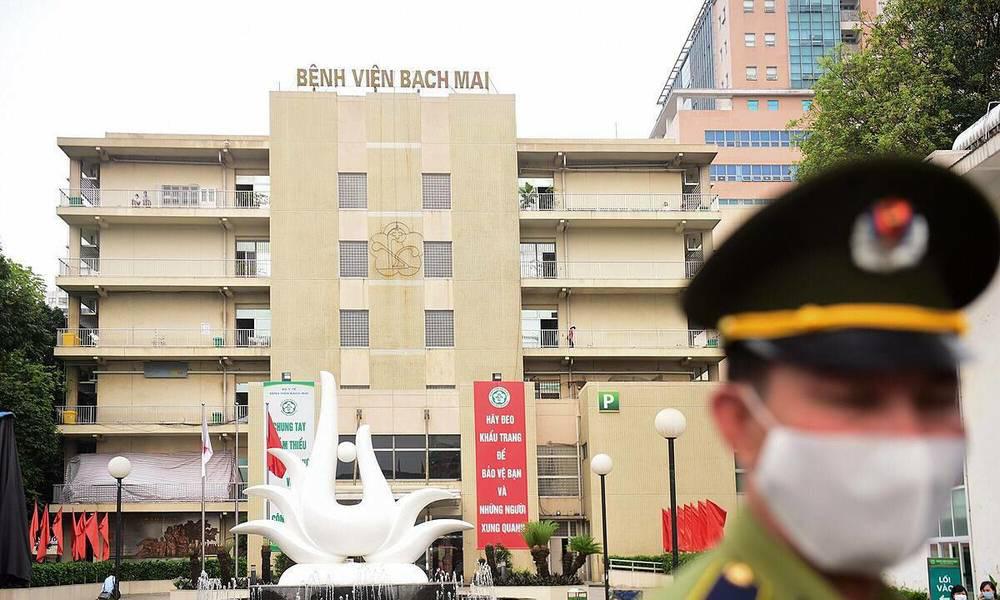 Phó Thủ tướng: Bệnh viện Bạch Mai tiềm tàng là ổ dịch lớn nhất, phức tạp nhất của cả nước - Ảnh 1.