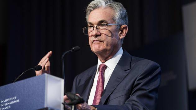 Chủ tịch Fed cảnh báo có nhiều rủi ro trên con đường hồi phục của kinh tế Mỹ - Ảnh 1.