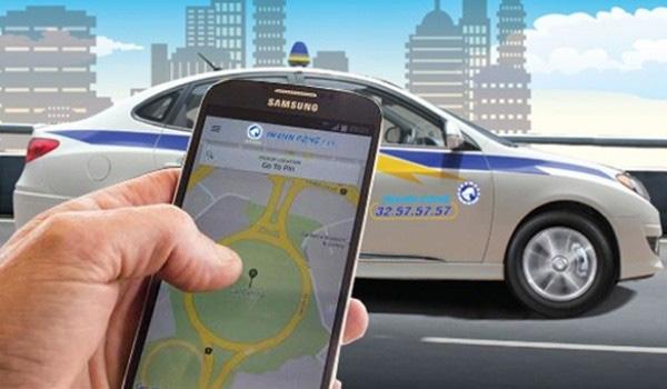 Dừng thí điểm 'taxi công nghệ': thị trường vận tải có minh bạch hơn? - Ảnh 1.