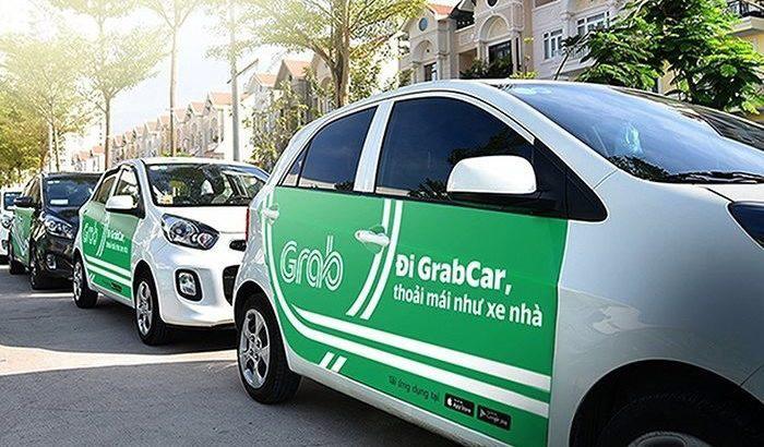 TP HCM: Xe Grab, xe taxi vẫn hoạt động bình thường, hạn chế phương tiện công cộng - Ảnh 1.