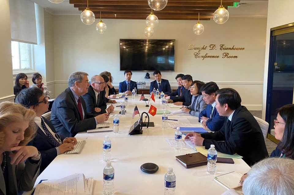 Việt Nam sẽ nhập khẩu 3 tỉ USD nông sản của Mỹ - Ảnh 1.