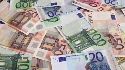 Tỷ giá ngoại tệ ngày 17/4: Yen Nhật giảm, bảng Anh tăng giá - Ảnh 1.