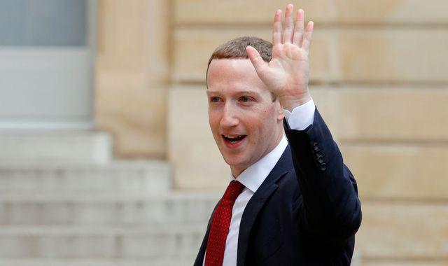 Facebook bạo chi 100 triệu USD hỗ trợ các hãng tin và nhà báo trên thế giới - Ảnh 1.