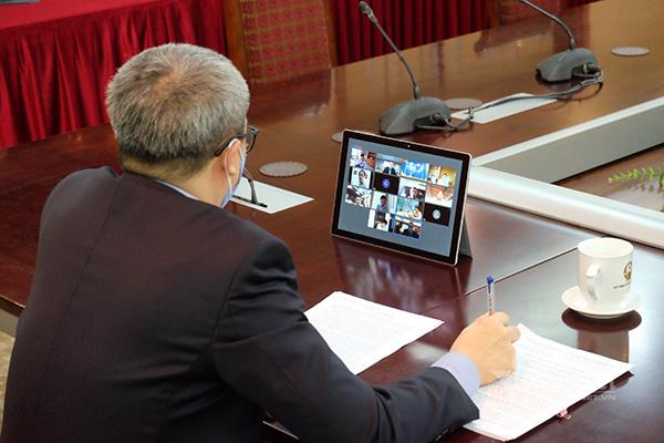 Nhà mạng sẽ tặng data, tăng băng thông, miễn phí nhiều dịch vụ giúp người dân, doanh nghiệp chống COVID-19 - Ảnh 1.