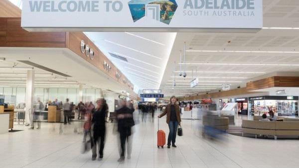 Australia lo ngại sân bay Adelaide có thể trở thành nơi lây lan COVID-19 - Ảnh 1.