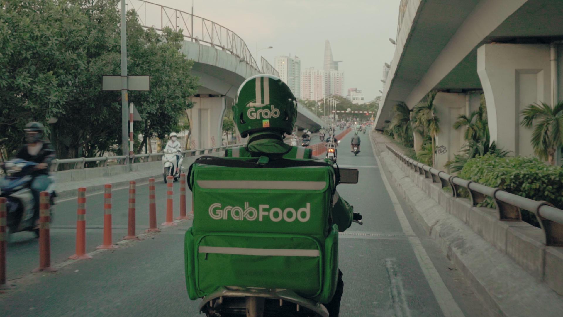 Phối hợp với Microsoft, Grab Việt Nam đào tạo công nghệ miễn phí cho tài xế - Ảnh 1.