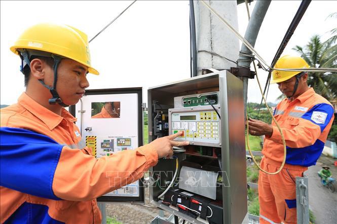 Chính thức giảm giá điện cho người dân, doanh nghiệp từ tháng 4/2020 - Ảnh 1.