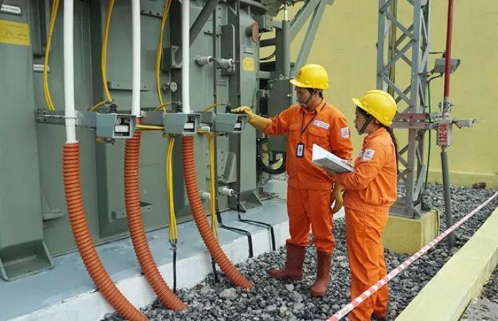 EVN sẽ giảm giá điện ngay khi có hướng dẫn từ các cơ quan chức năng - Ảnh 1.