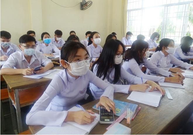 Tỉnh đầu tiên cho học sinh trở lại trường sau cách li xã hội - Ảnh 1.