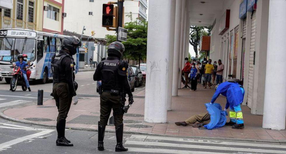 Tử thi la liệt trên phố vì COVID-19: Thảm cảnh ở một thành phố cảng của Ecuador sau khi để lọt một người nhiễm bệnh - Ảnh 3.