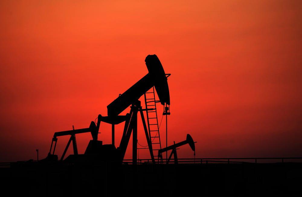 Thế giới sắp hết kho chứa, nguy cơ giá dầu xuống dưới 0 - Ảnh 1.