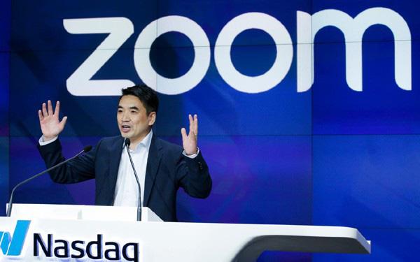 CEO Zoom kiếm bộn tiền nhờ phần mềm làm việc trực tuyến - Ảnh 1.