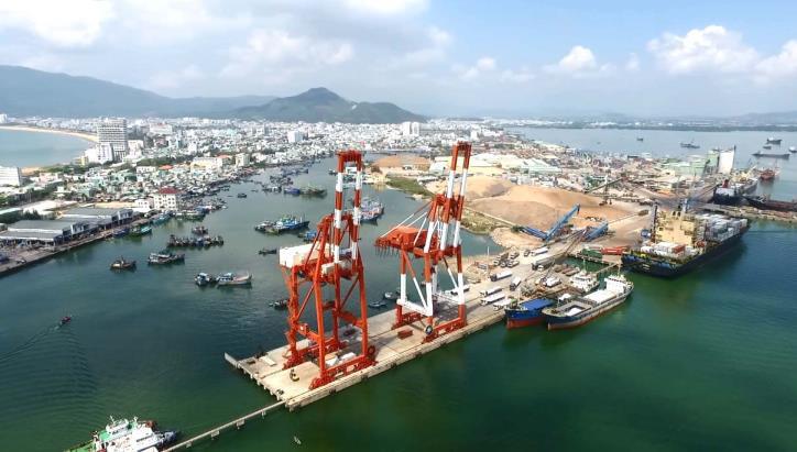 Cảng Quy Nhơn giảm sâu giá dịch vụ, hỗ trợ doanh nghiệp mùa dịch - Ảnh 1.