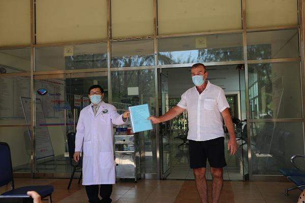Bệnh nhân thứ 57 khỏi bệnh, nâng tổng số ca nhiễm COVID-19 được chữa khỏi tại Việt Nam lên 91 người - Ảnh 1.