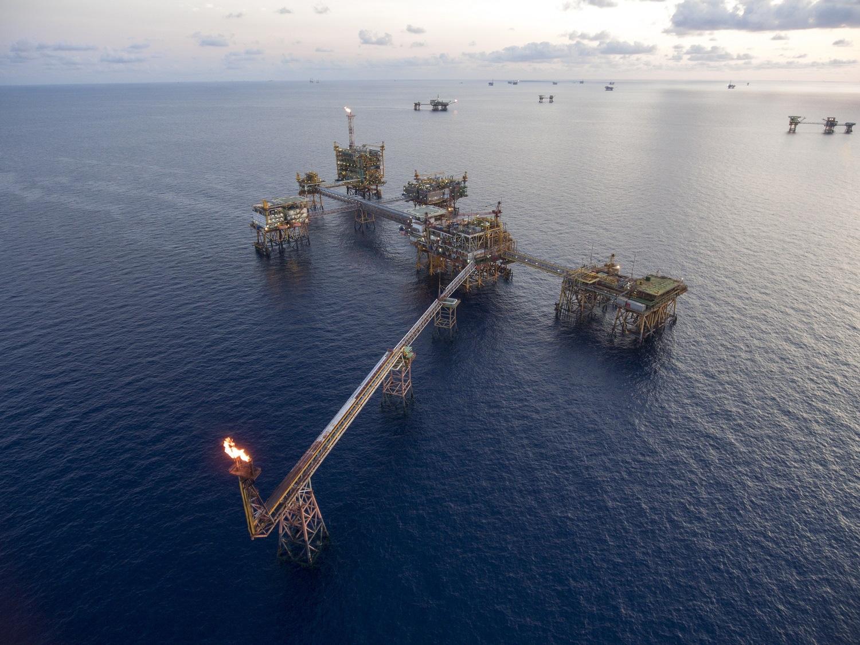 Khai thác dầu nhiều hơn 10% kế hoạch, PVN vẫn không hoàn thành các chỉ tiêu tài chính trong quí I/2020 - Ảnh 1.