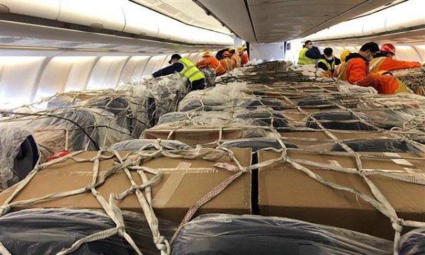Tê liệt chuyển khách, cứu cánh hàng không sống qua ngày - Ảnh 2.