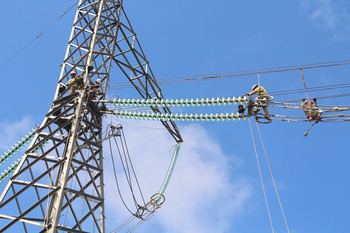 Tổng Công ty Truyền tải điện quốc gia lên 5 kịch bản đảm bảo vận hành lưới điện trong dịch Covid-19 - Ảnh 1.