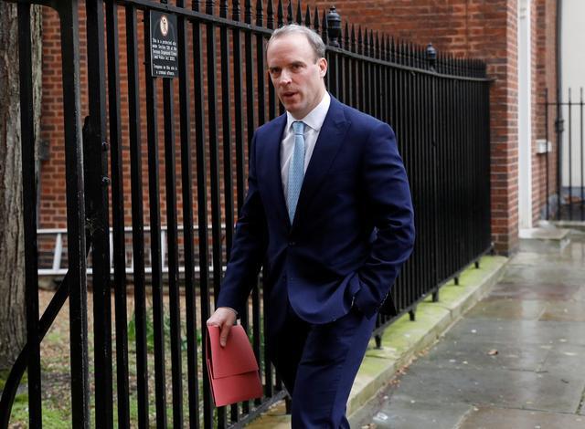 Ông Dominic Raab, lãnh đạo 'dự phòng' cho Thủ tướng Anh Boris Johnson là ai? - Ảnh 1.