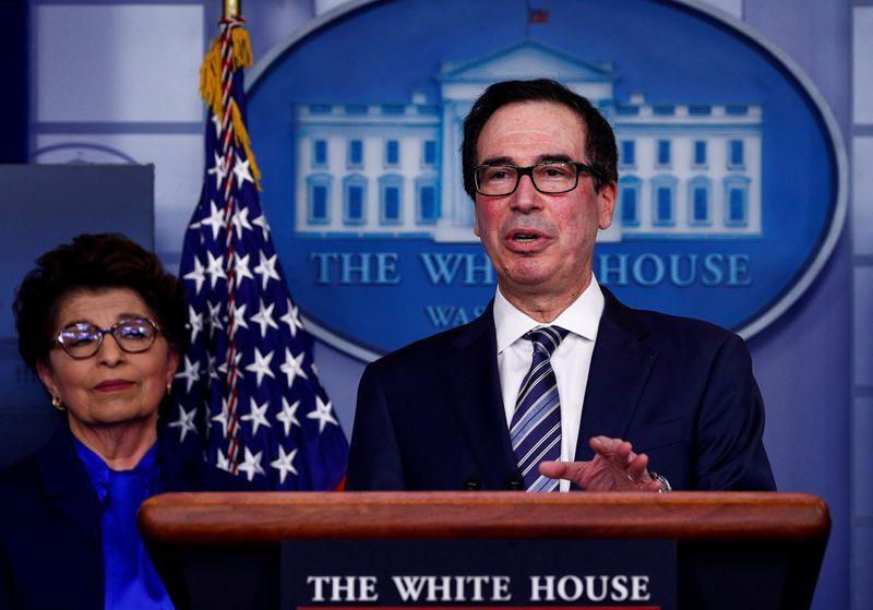 Gói cứu trợ 2.300 tỉ USD của Tổng thống Trump: Thông qua nhanh, hứa hẹn nhiều nhưng triển khai chậm - Ảnh 2.