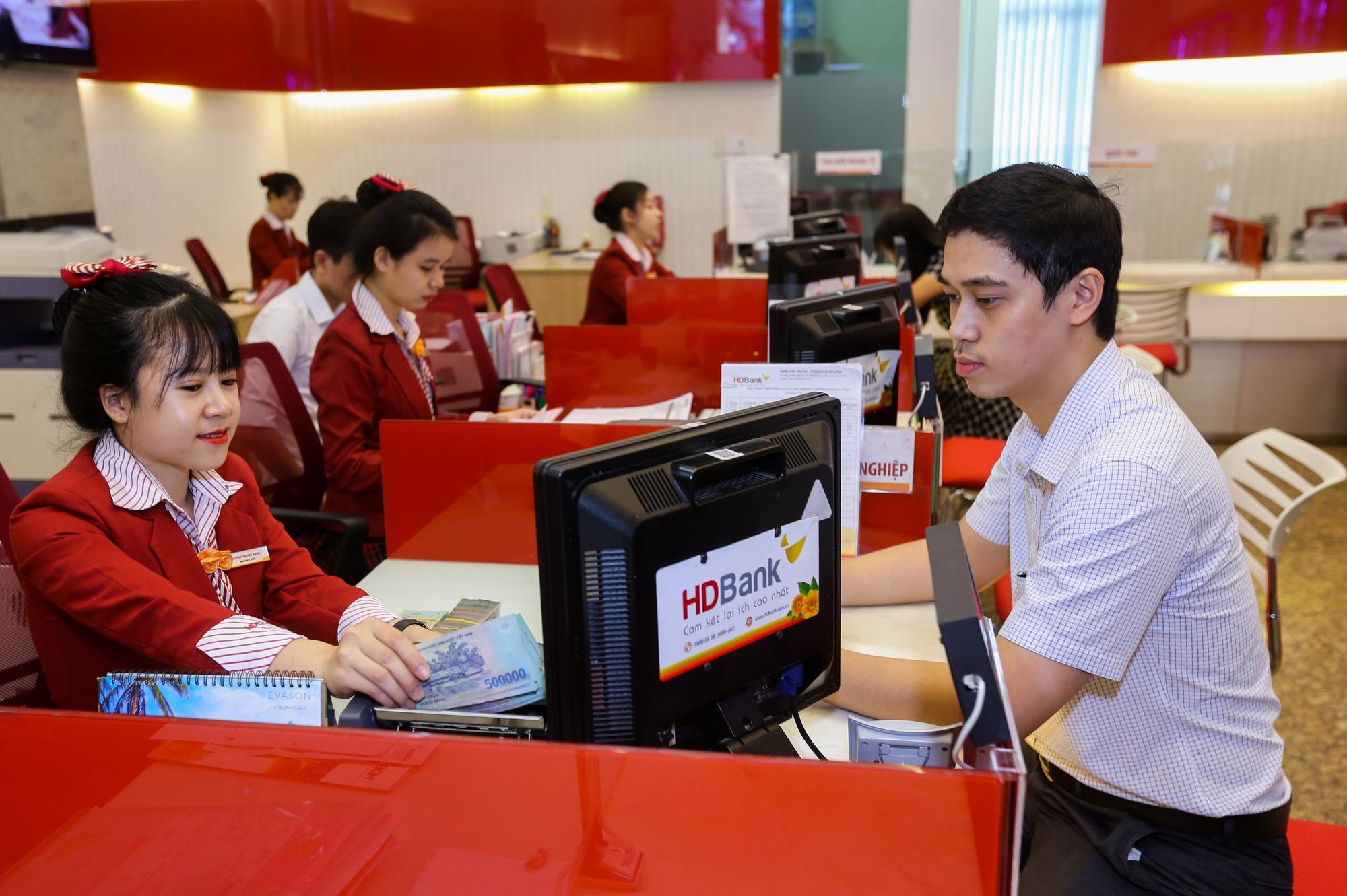 HDBank dành 5.000 tỉ đồng cho Gói Swift SME, lãi suất chỉ từ 6,5% hỗ trợ nhanh cho doanh nghiệp vừa và nhỏ  - Ảnh 1.